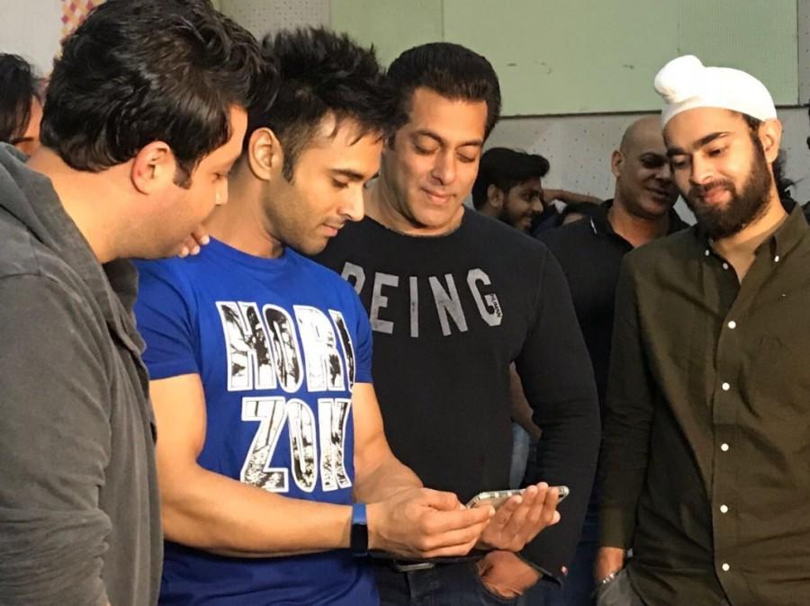 Pulkit Samrat,Varun Sharma,Richa Chadha,Manjot Singh,Salman Khan,Tu Mera Bhai Nahi,Fukrey Returns