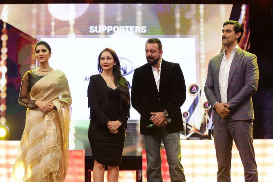 Sanjay Dutt,Maanayata,maanayata dutt,Sanjay Dutt & Maanayat,Asian Vision Awards,most popular Indian star