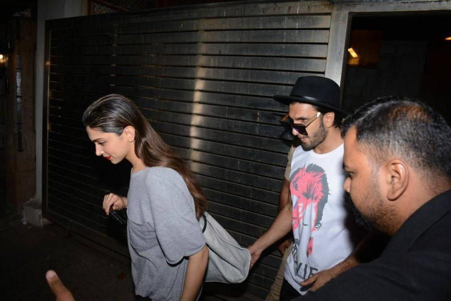 Ranveer Singh and Deepika Padukone,Ranveer Singh,Deepika Padukone,Ranveer Singh with Deepika Padukone,Zoya Akhtar