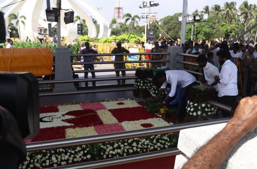 Vishal,Jayalalitha,Jayalalithaa,Jayalalithaa memorial,Jayalalithaa memorial hall,actor Vishal,vishal krishna,Vishal RK Nagar,Vishal RK Nagar election