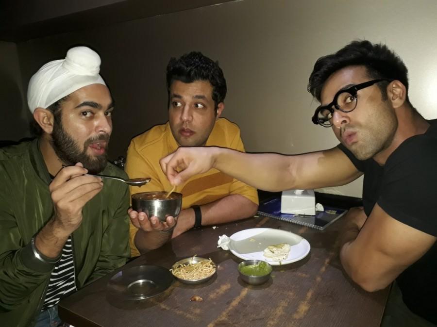 Fukrey Returns,Pulkit Samrat,Varun Sharma,Manjot Singh,Janta Bar