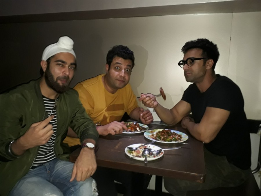 Fukrey Returns,Pulkit Samrat,Varun Sharma,Manjot Singh,Janta Bar