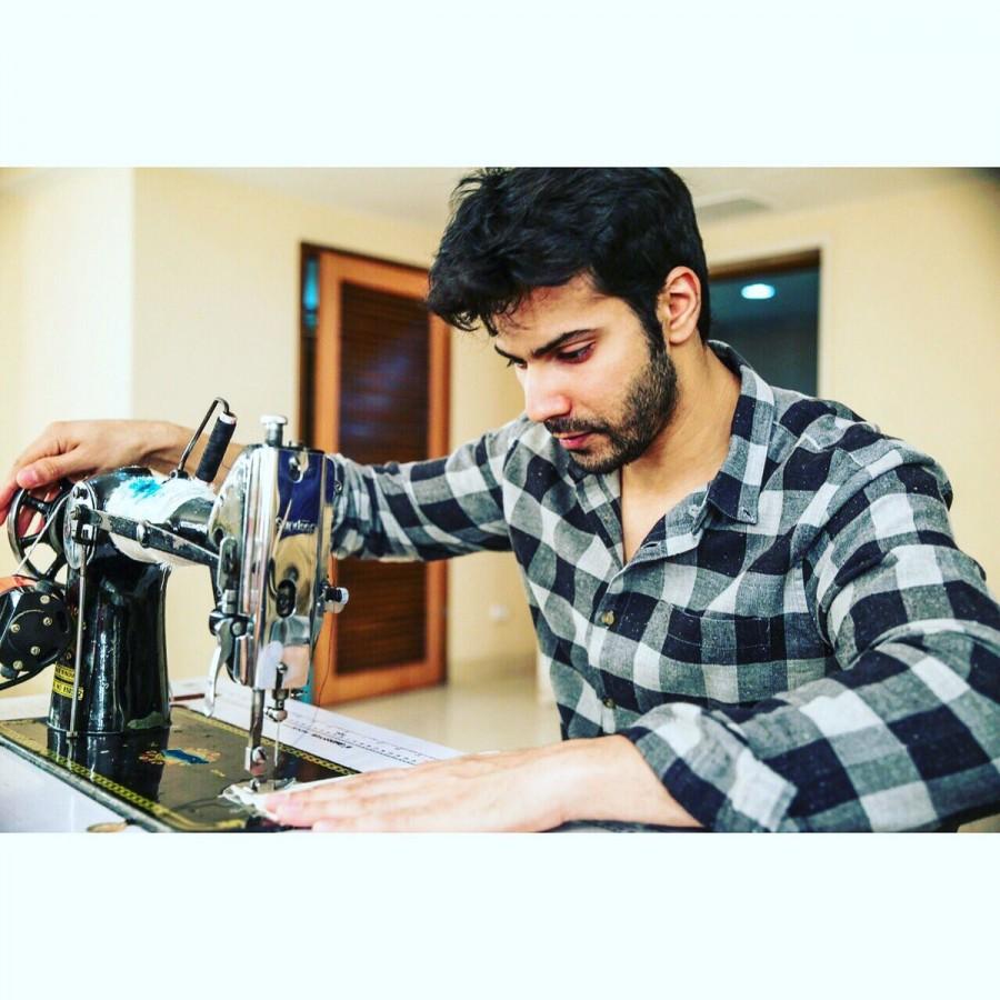 Varun Dhawan,actor Varun Dhawan,Sui Dhaaga - Made in India,Sui Dhaaga - Made in India launch,Sui Dhaaga - Made in India pooja,Sui Dhaaga - Made in India shooting starts