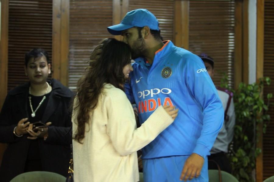 Rohit Sharma-Ritika Sajdeh,Rohit Sharma,Ritika Sajdeh,Rohit Sharma with his wife Ritika Sajdeh,India vs Sri Lanka,India vs Sri Lanka 2017