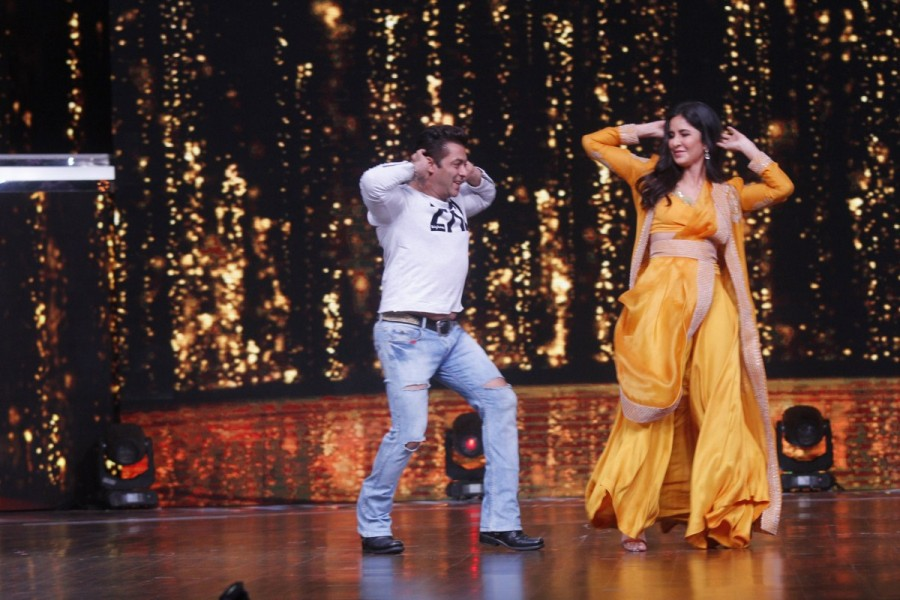 Salman Khan and Katrina Kaif,Salman Khan,Katrina Kaif,Tiger Zinda Hai,Tiger Zinda Hai promotion,Tiger Zinda Hai movie promotion,Dance India Dance season 6,Dance India Dance