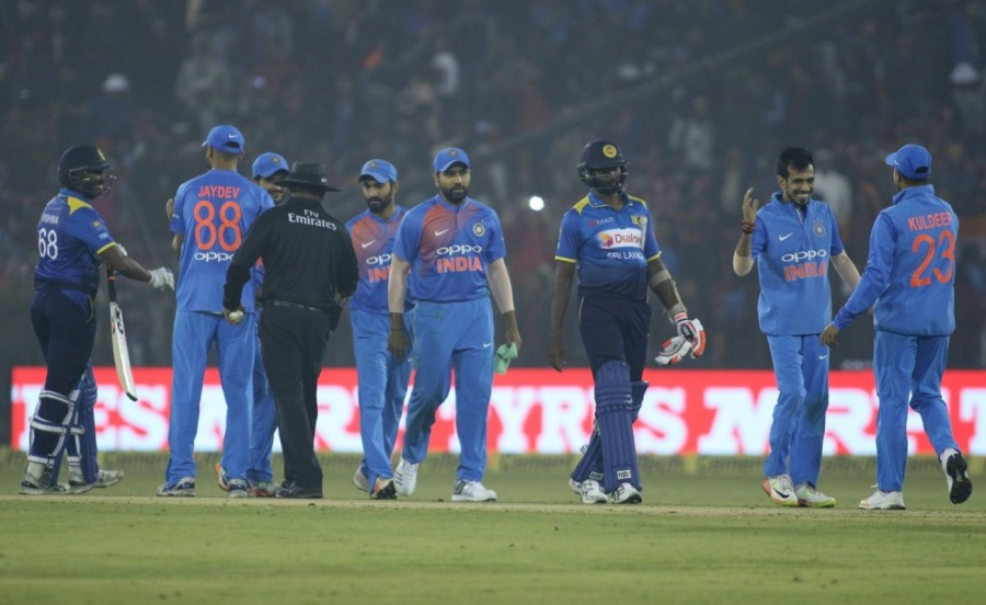 India vs Sri Lanka,India vs Sri Lanka 1st T20,India beats Sri Lanka,India trash Sri Lanka,Lokesh Rahul,Mahendra Singh Dhoni,Dhoni