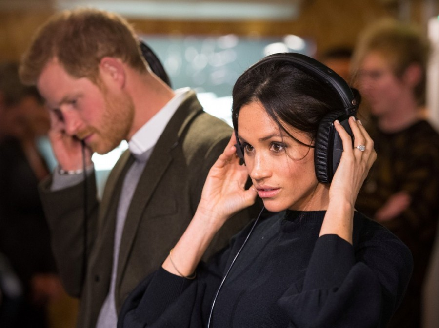 Meghan Markle and Prince Harry,Meghan Markle,Prince Harry,Prince Harry visit radio station,Meghan Markle visit radio station