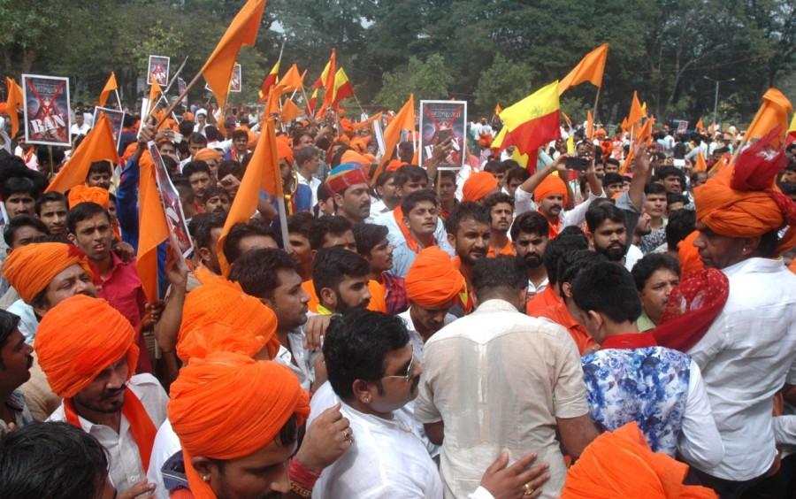 Karni Sena,Karni Sena protests against Padmaavat release,Karni Sena protests,Padmaavat,Padmaavat release,CBFC office