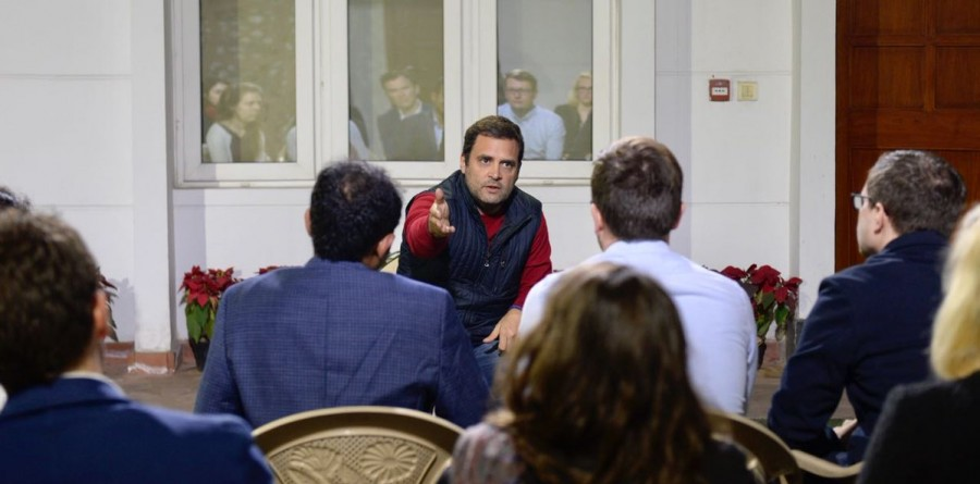 Rahul Gandhi,Harvard University,Congress,Congress president,delegation of Harvard University,Harvard students meet Rahul Gandhi,Harvard students,Congress President Rahul Gandhi