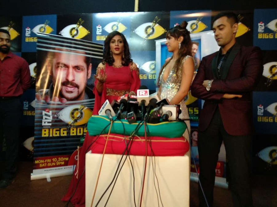 Shilpa Shinde,actress Shilpa Shinde,shilpa shinde bigg boss 11,Shilpa Shinde wins bigg boss,bigg boss 11,bigg boss 11 winner,bigg boss 11 winner Shilpa Shinde,Hina Khan