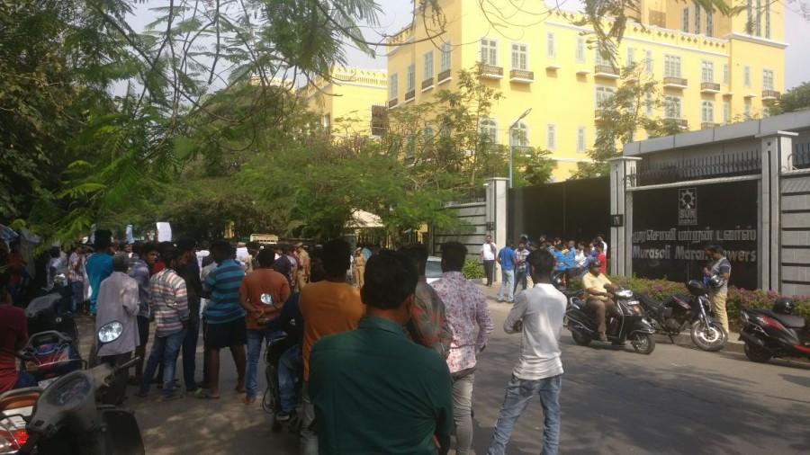 Suriya fans,Suriya,Suriya controversy,Suriya suntv,TV Channel,Sun Tv Channel,Suriya fans protest