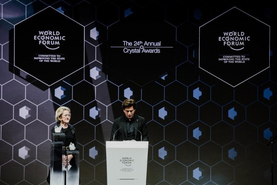 Shah Rukh Khan,Cate Blanchett,Elton John,Shah Rukh Khan in Davos,actor Shah Rukh Khan,SRK,SRK requests selfies