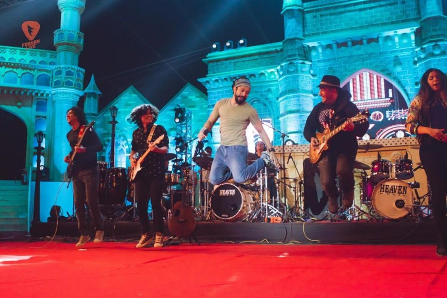 Farhan Akhtar,actor Farhan Akhtar,Farhan Akhtar concert songs,Farhan Akhtar songs,Farhan Akhtar live