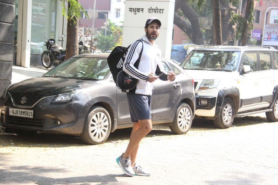 Dino Morea,Dino Morea at gym,Dino Morea spotted at gym,Dino Morea snapped at gym,Dino Morea latest pics,Dino Morea latest images,Dino Morea latest stills,Dino Morea latest pictures,Dino Morea latest photos