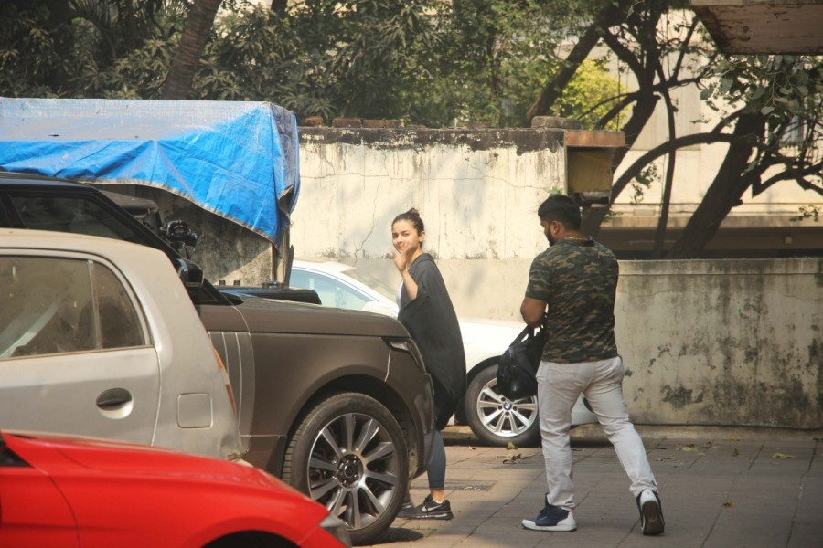 Alia Bhatt,actress Alia Bhatt,Alia Bhatt at aym,Alia Bhatt latest pics,Alia Bhatt latest images,Alia Bhatt latest stills,Alia Bhatt latest pictures,Alia Bhatt latest photos