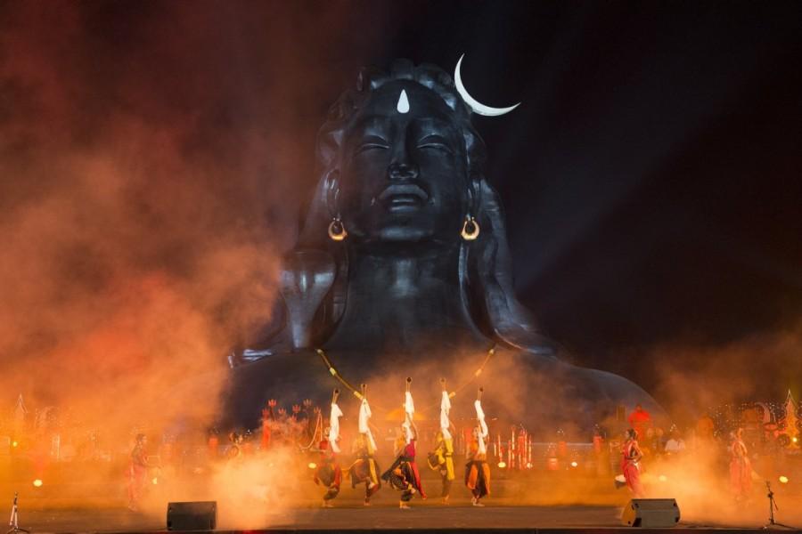 Tamannaah Bhatia,actress Tamannaah Bhatia,Tamannaah Bhatia celebrates Maha Shivaratri,Tamannaah celebrates Maha Shivaratri,Maha Shivaratri celebration,Isha Foundation,celebs at Isha Foundation
