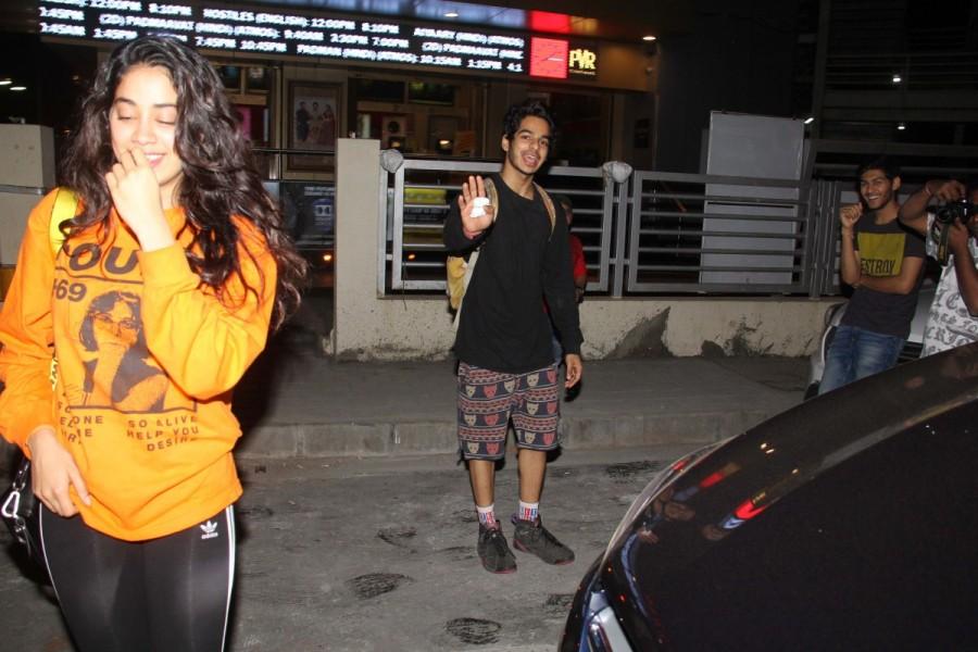 Janhvi Kapoor and Ishaan Khattar,Janhvi Kapoor,Ishaan Khattar,Janhvi Kapoor wallpaper,Janhvi Kapoor pics,Janhvi Kapoor images,Ishaan Khattar wallpaper,Ishaan Khattar pics,Ishaan Khattar images