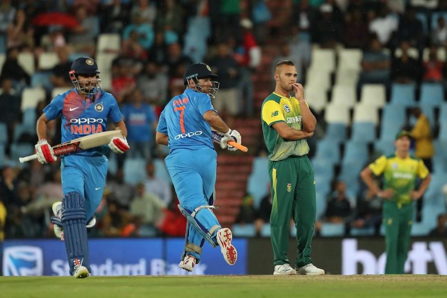 India vs South Africa,South Africa beats India,South Africa beat India,Heinrich Klaasen,JP Duminy,Virat Kohli,MS Dhoni,Manish Pandey