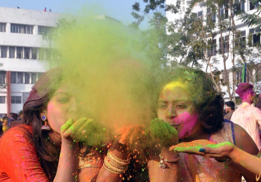 Holi,Holi celebration,holi celebration in india,holi celebration photos,Holi celebration pics,Basanta Utsav,Basanta Utsav celebrations