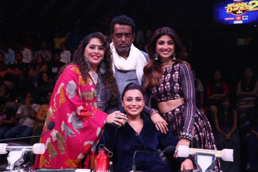 Hichki,Rani Mukerji,Shilpa Shetty,Super Dancer 2,Television,Hichki promotion,Hichki movie promotion,Shilpa Shetty and Rani Mukerji,Sridevi