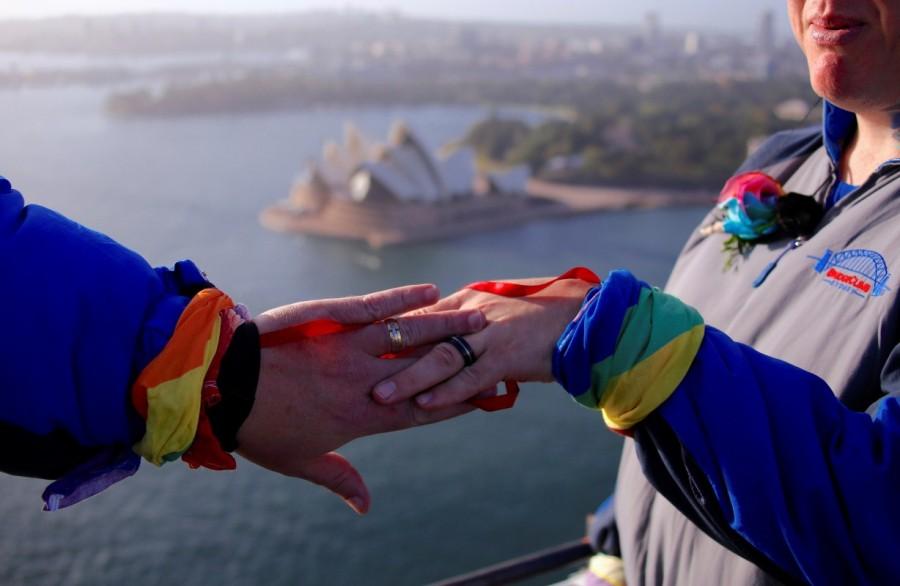 Sydney Harbour Bridge,Warren Orlandi and Pauly Phillips,Warren Orlandi,Pauly Phillips,same sex wedding