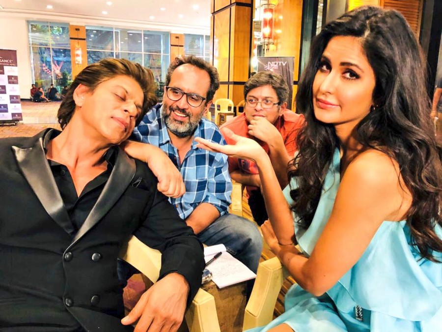 Shah Rukh Khan,Shah Rukh Khan sleeping,Shah Rukh Khan on Zero sets,Zero sets,Zero movie sets,Katrina Kaif,Katrina Kaif and Shah Rukh Khan,Zero pics,Zero images