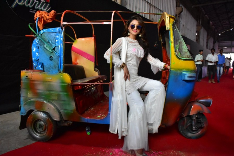 Rakhi Sawant,Urvashi Rautela,Divya Dutta,Zoom Holi Party 2018,Zoom Holi Party,Zoom Holi Party pics,Zoom Holi Party images