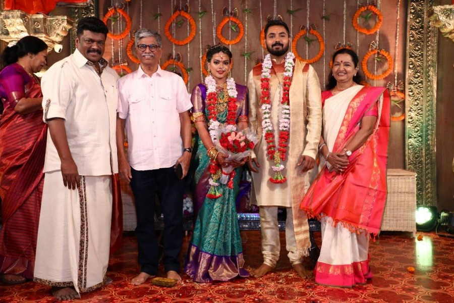 Bhagyaraj,Shanthanu,Ilayaraja,MK Stalin,Edapadi Palaniswami,Keerthana and Akshay wedding,Keerthana and Akshay marriage,Keerthana and Akshay wedding pics,Keerthana and Akshay marriage pics