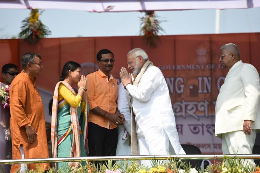 Narendra Modi,PM Narendra Modi,Biplab Deb,Tripura CM Biplab Deb,Tripura Chief Minister