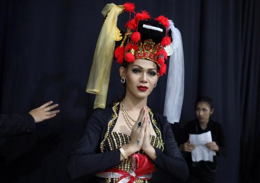 Nguyen Huong Giang,singer Nguyen Huong Giang,Miss International Queen transgender,international transgender beauty queen,international transgender,international transgender queen