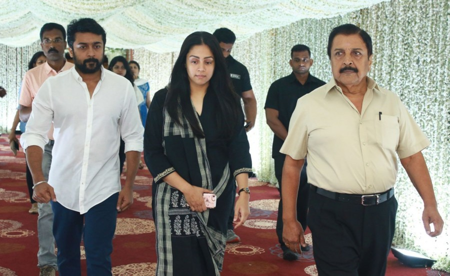 Ajith,Suriya,Jyothika,AR Rahman,Arun Vijay,K Bhagyaraj,Poornima,KS Ravikumar,Raadhika Sarathkumar,Prabhu Deva,Sridevi prayer meeting pics,Sridevi prayer meeting images