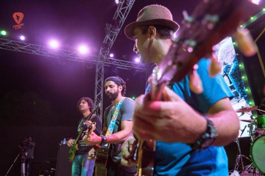 Farhan Akhtar Live,Farhan Akhtar,actor Farhan Akhtar,Farhan Akhtar perform in Odisha,Farhan Akhtar globe performing