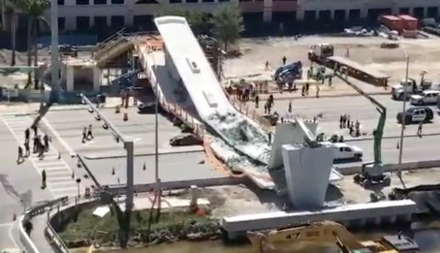 FIU pedestrian bridge,bridge collapse,bridge collapse in Miami,Miami bridge collapse,Miami