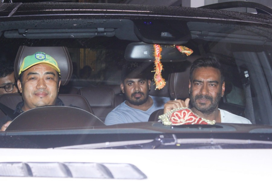 Raid special screening,Raid,Raid special screening pics,Raid special screening images,Ajay Devgn,Kajol,Ajay Devgn and Kajol,Raid movie,bollywood movie Raid
