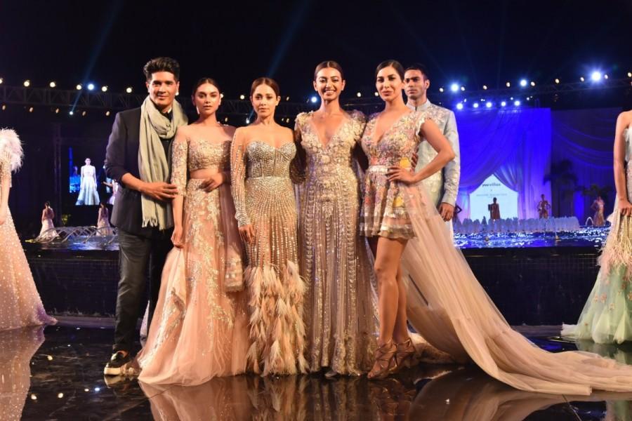 Radhika Apte,Aditi Rao,Nushrat Bharucha,Manish Malhotra,Manish Malhotra summer couture 2018,Manish Malhotra summer couture