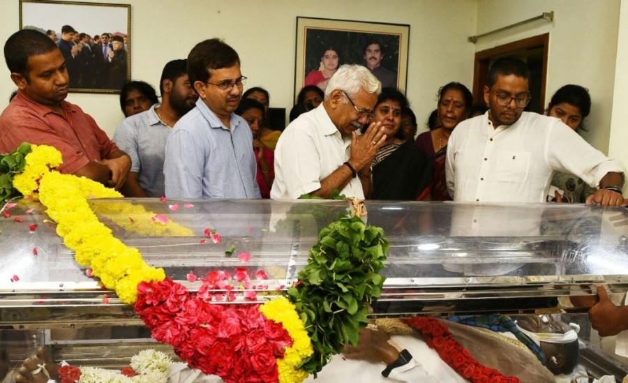Sasikala,Sasikala Natarajan,Sasikala husband,Natarajan dead,T Natarajan,Natarajan passed away