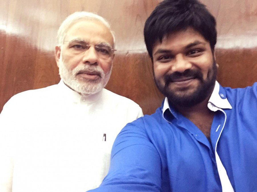 Mohan Babu Family Invites PM Narendra Modi ?for Manchu? Manoj Marriage,Mohan Babu,Narendra Modi,Manchu? Manoj,Manchu? Manoj marriage,Manchu? Manoj marriage pics,Lakshmi Manchu,Vishnu Manchu