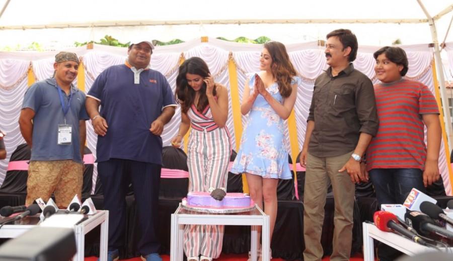 Kajal Aggarwal,Tamannaah Bhatia,Ramesh Aravind,Parul Yadav,Parul Yadav birthday,Parul Yadav birthday celebration,Parul Yadav birthday celebration pics,Parul Yadav birthday celebration images,Queen,Queen on the sets