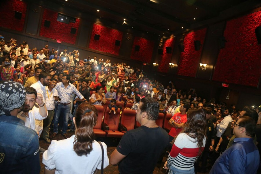 Salman Khan,Bobby Deol,Daisy Shah,Race 3,Race 3 special screening,Race 3 special screening for Aids patients,Race 3 special screening pics,Race 3 special screening images,Race 3 special screening stills,Race 3 special screening pictures,Race 3 special scr
