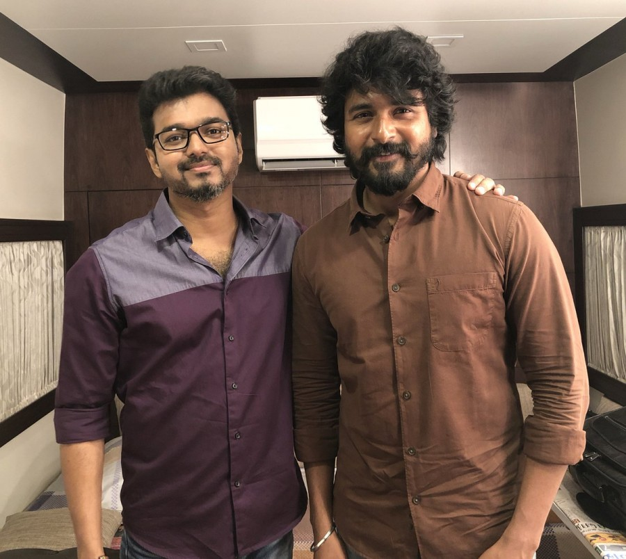 Thalapathy Vijay,Thalapathy Vijay birthday,vijay birthday,Sivakarthikeyan,Dhanush,Vishal,Raai Laxmi,Vijay birthday pics,Vijay birthday images,Vijay birthday images stills,Vijay birthday images pictures