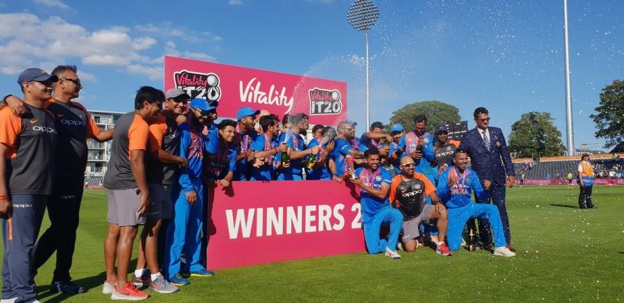 Ind vs Eng,India beat England,Rohit Sharma,Rohit Sharma Ton,Rohit Sharma century,India wins series,County Ground,India trash England,Virat Kohli,Dhoni
