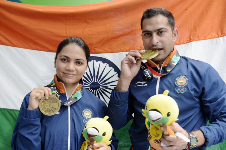 Shooters Apurvi Chandela and Ravi Kumar,Apurvi Chandela and Ravi Kumar,Apurvi Chandela,Ravi Kumar,Asian Games 2018,Asian Games 2018 Medals,Indian medals at Asian Games 2018,Apurvi Chandela-Ravi Kumar