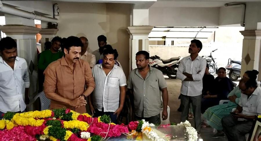 Mahesh Babu,Victory Venkatesh,Manchu Manoj,B Jaya,director B Jaya,Director B Jaya passed away,B Jaya dead,B Jaya died