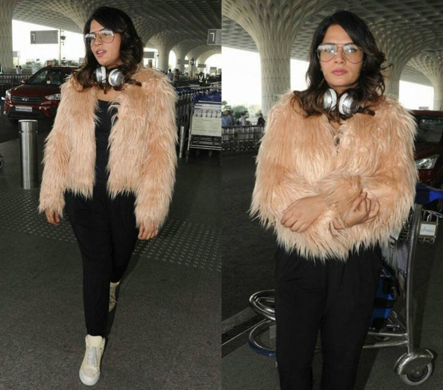 Richa Chadda,actress Richa Chadda,Richa Chadda at Mumbai Airport,Richa Chadda at Airport,hot Richa Chadda,Richa Chadda hot pics,Richa Chadda hot images,Richa Chadda hot stills,Richa Chadda hot pictures,Richa Chadda hot photos