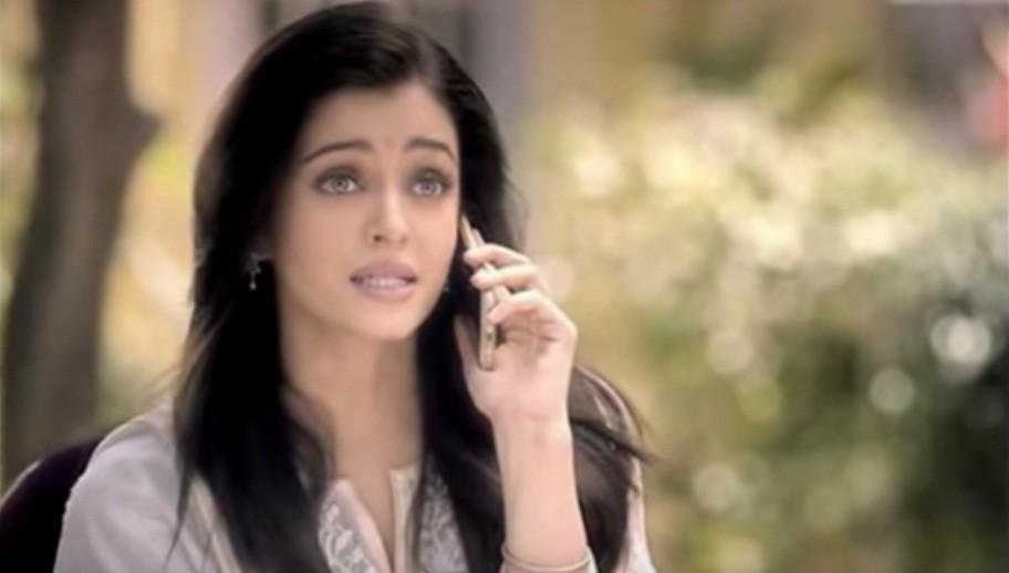 Aishwarya Rai Bachchan's Desi Look in Kalyan Jewellers' Ad