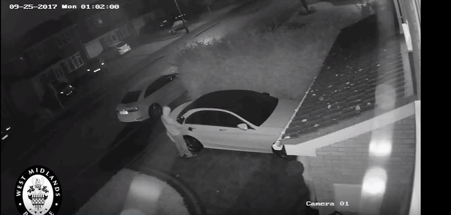 Mercedes-Benz car theft, Mercedes-Benz car stolen