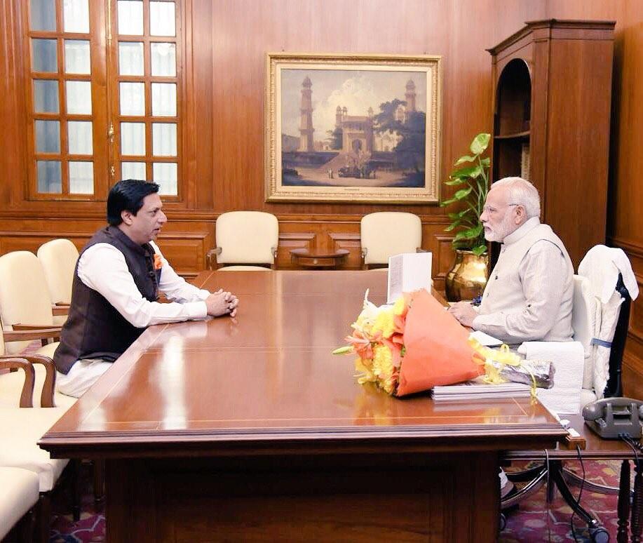 Madhur Bhandarkar,Narendra Modi,Madhur Bhandarkar meets Narendra Modi,Prime Minister Narendra Modi,Modi