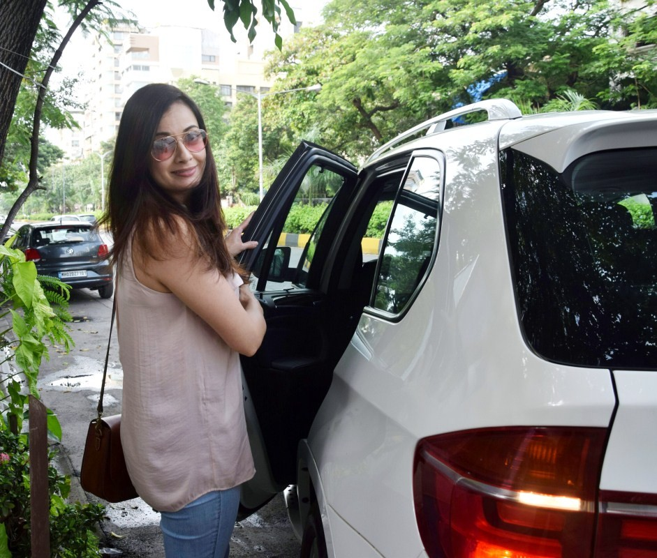 Dia Mirza at Bandra,Dia Mirza spotted at Bandra,Dia Mirza snapped at Bandra,Dia Mirza,actress Dia Mirza,Dia Mirza latest pics,Dia Mirza latest images,Dia Mirza latest stills,Dia Mirza latest pictures,Dia Mirza latest photos
