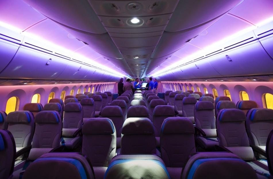 Boeing 787 Dreamliner Aircraft (INSIDE PHOTOS)