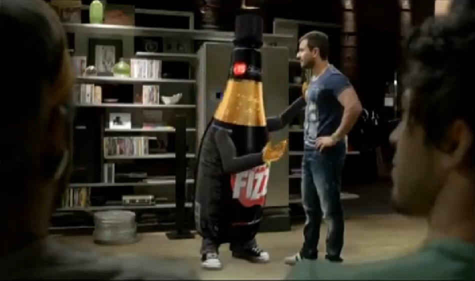 Saif Ali Khan in Appy Fizz Commercial